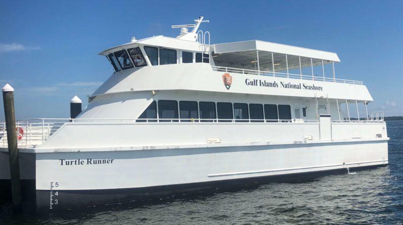 Pensacola_Ferry_Service_1